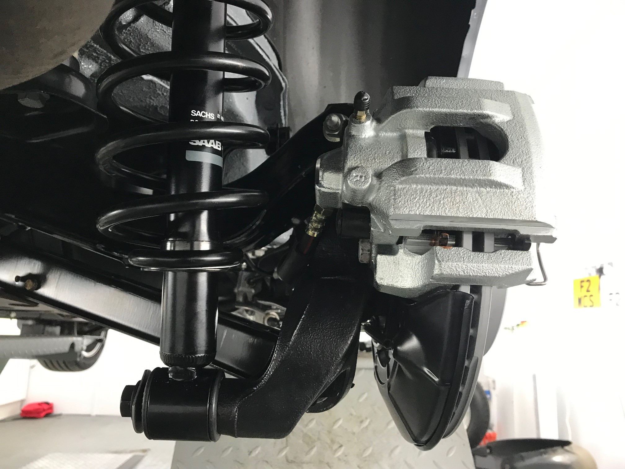 Saab 9-5 suspension and brakes
